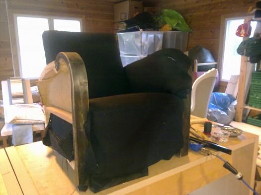 Sort stol til omtrekk