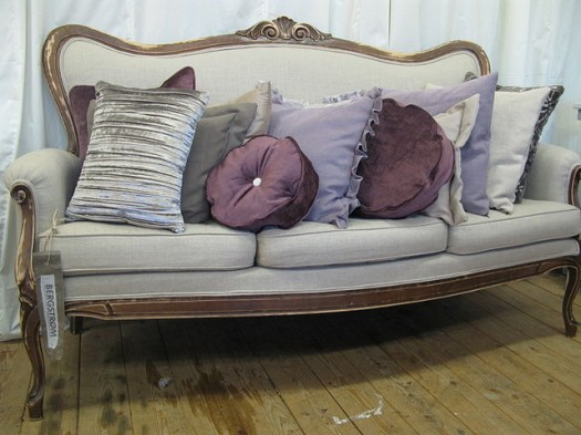 Sofa i lys lin