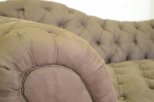 Sofa i Alcantara, farge Mocca