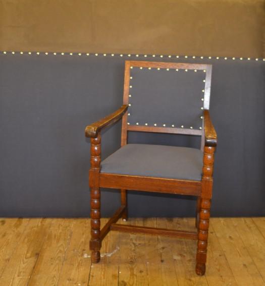 Stolen i nytt tekstil fra Linnara