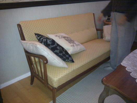 Sofaen før omtrekking