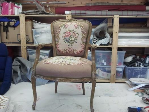 Klassisk Rokokko stol før omtrekk