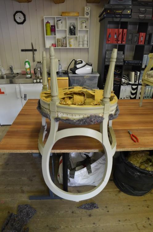 Stolen får nye gjortbånd og stopp