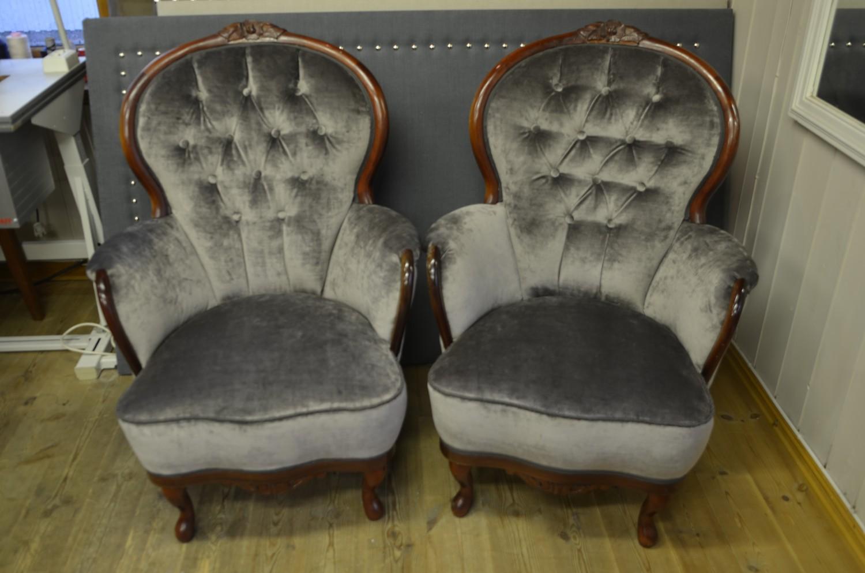 Rokokko stoler i grå velur