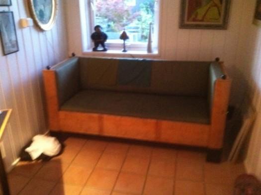 Sofaen trenger ny stopp og trekk